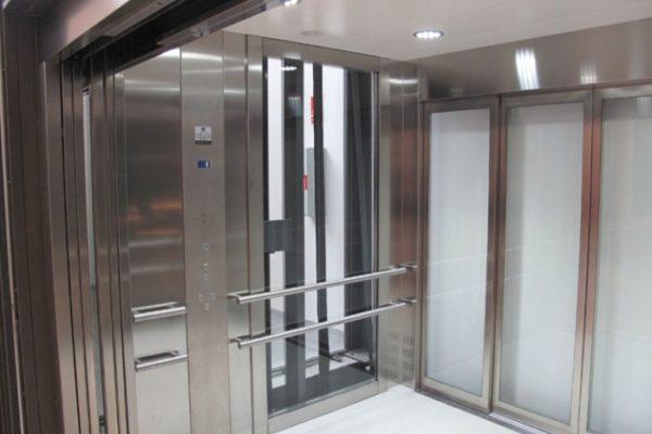 Ascenseur monte-charges panoramique 1