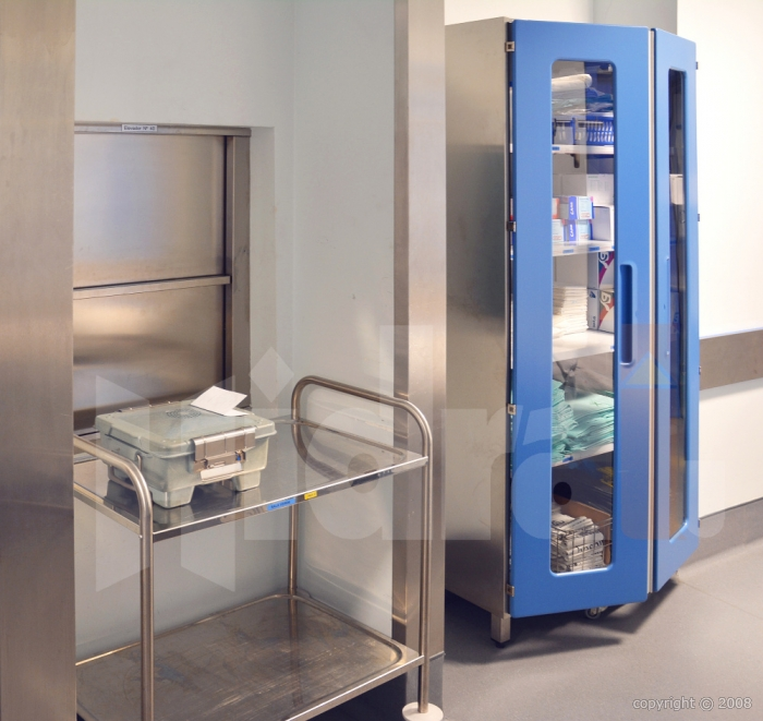 monte plats monte charge pour restaurant fabricant hidral. Black Bedroom Furniture Sets. Home Design Ideas